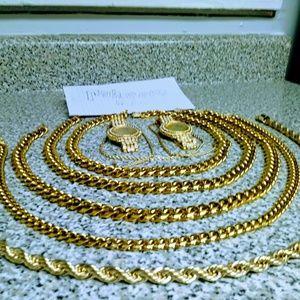 Other - 24k Gold Plated Jewelry Set Perfect condition